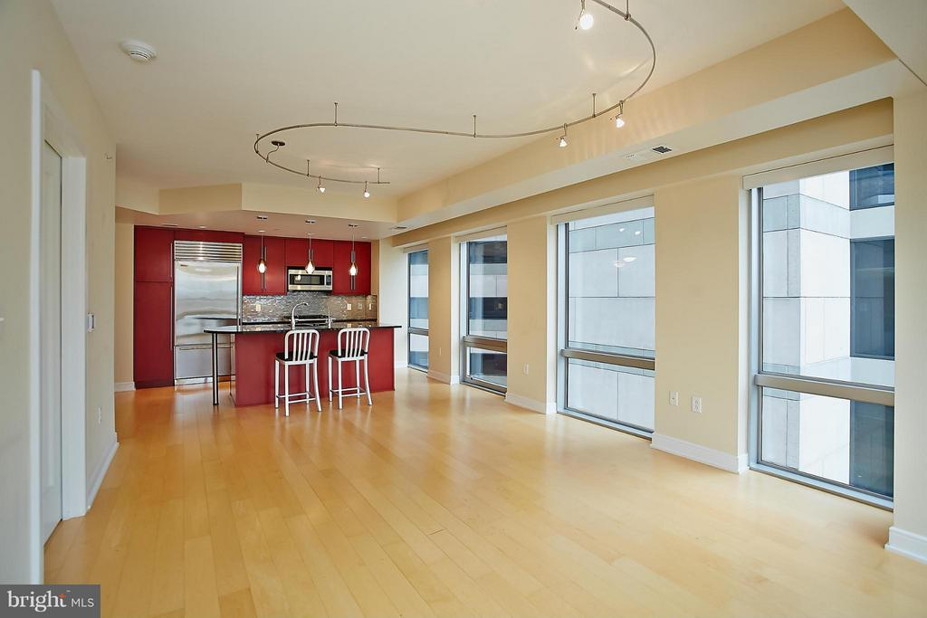 Living Room - 1111 19TH ST N #1503, ARLINGTON