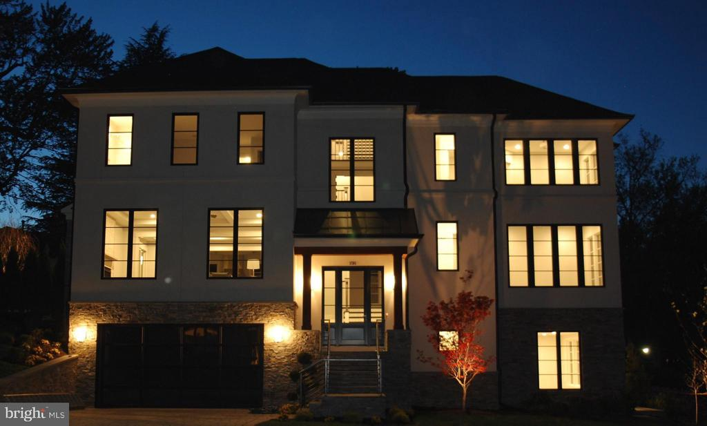 Exterior (Front) - 3701 38TH ST N, ARLINGTON