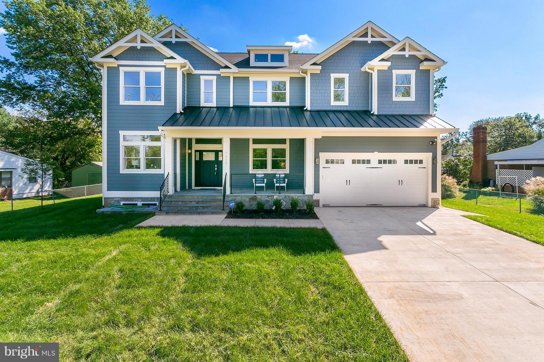 Photo of home for sale at 7411 Lisle Avenue, Falls Church VA