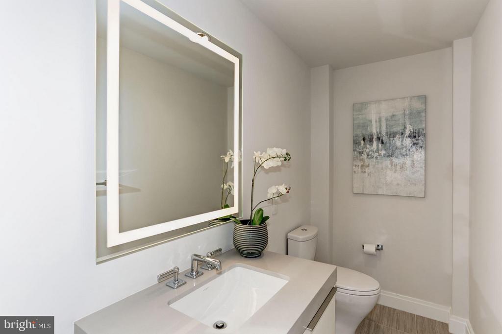 Upper Penthouse Half Bath - 1427 RHODE ISLAND AVE NW #PH3, WASHINGTON