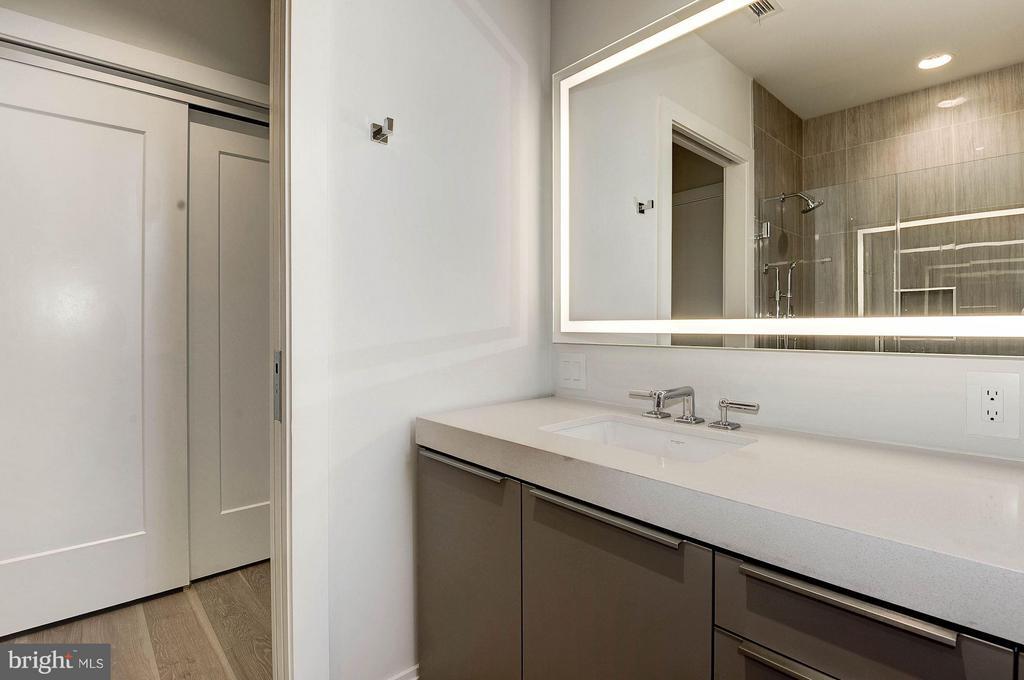 Guest Bath - 1427 RHODE ISLAND AVE NW #301, WASHINGTON