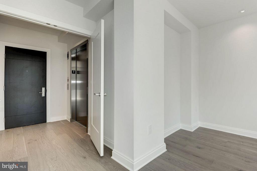 Elevator entrance/den area - 1427 RHODE ISLAND AVE NW #301, WASHINGTON