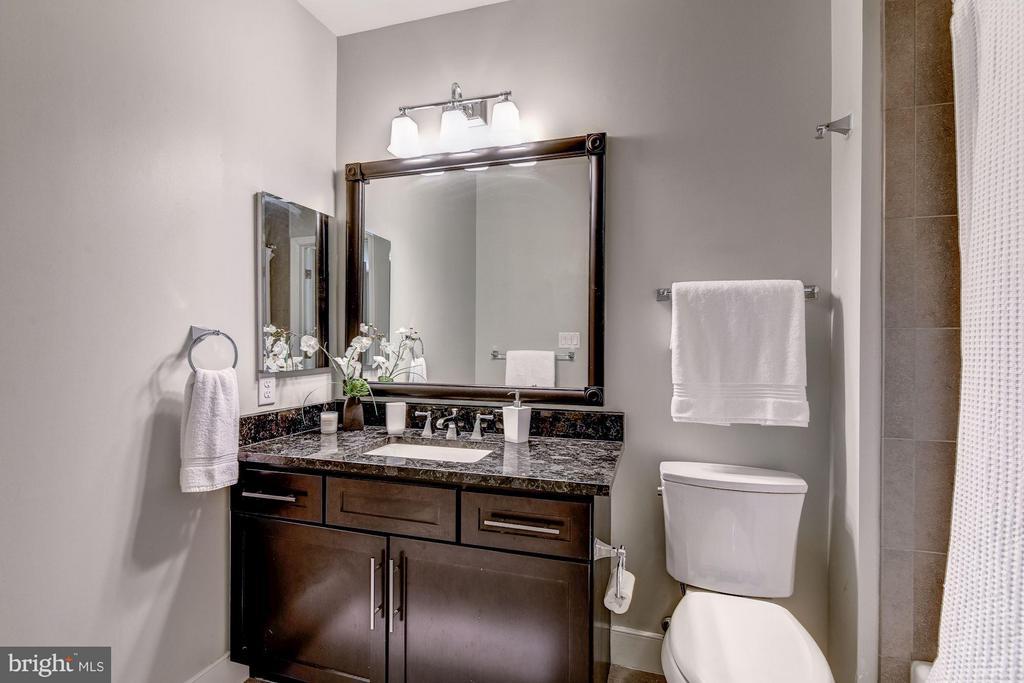 Second bedroom en suite bath - 2702 LEE HWY #2B, ARLINGTON