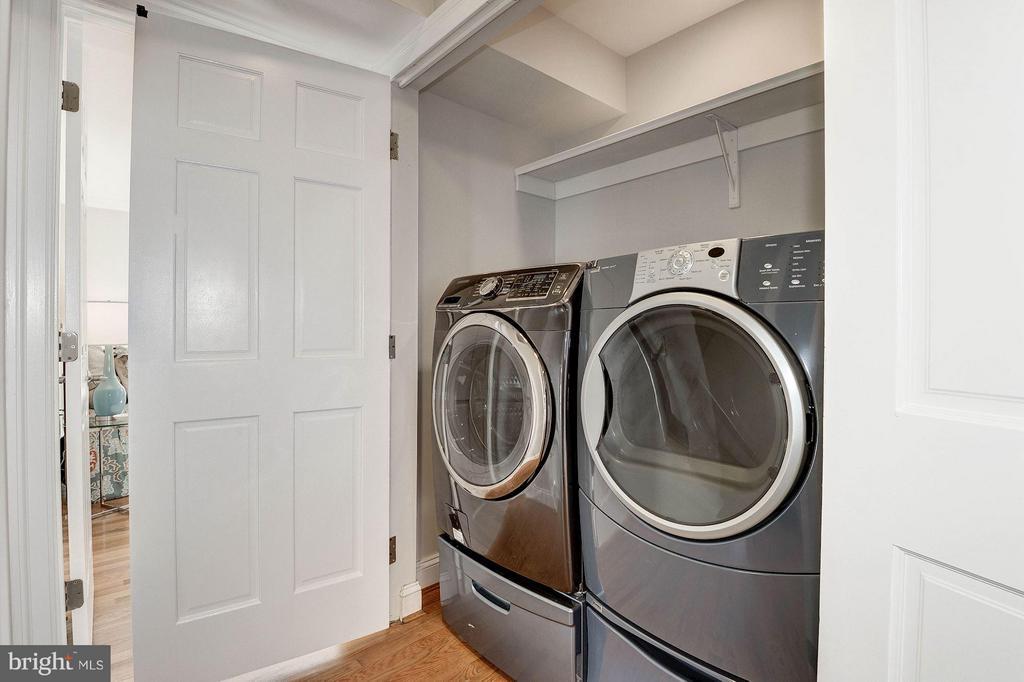 Laundry closet on the bedroom level - 103 CLEVELAND ST, ARLINGTON