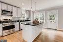 Kitchen - 103 CLEVELAND ST, ARLINGTON