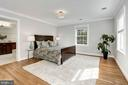 Serene owner's suite with hardwood floors - 103 CLEVELAND ST, ARLINGTON