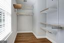 Owners suite walk-in closet - 103 CLEVELAND ST, ARLINGTON