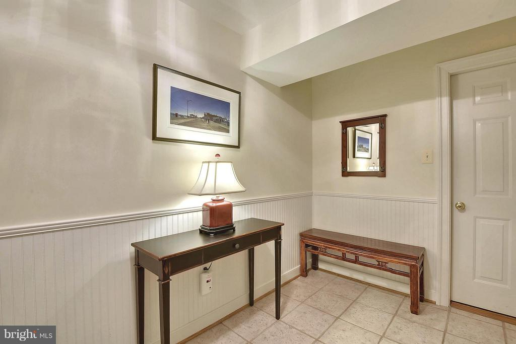 Lower Level Entry - 6025 GROVE DR, ALEXANDRIA