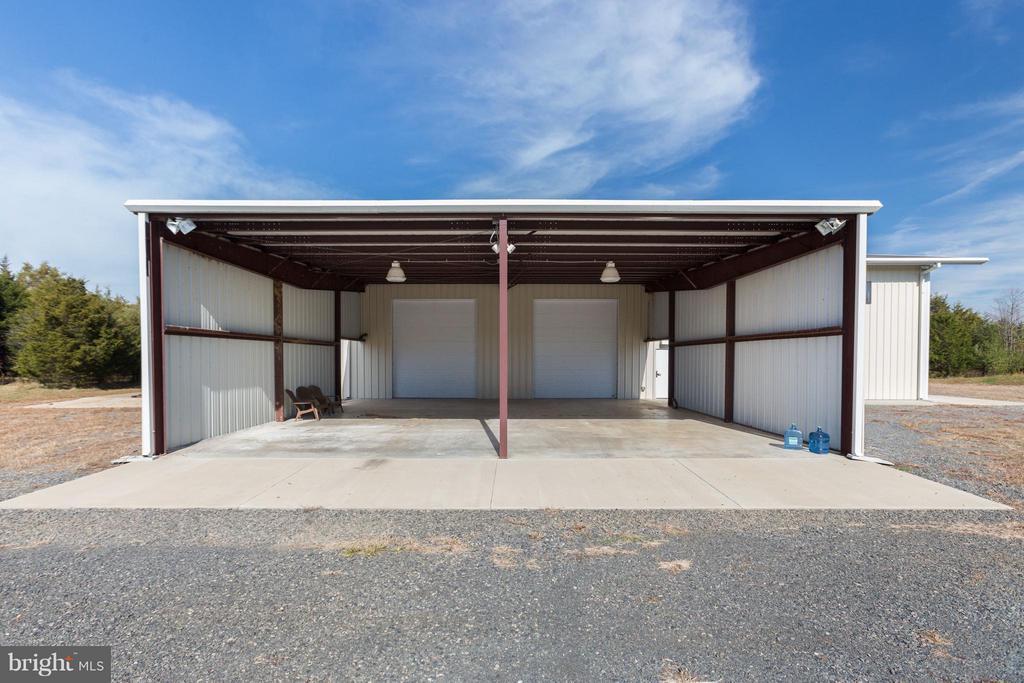 8000 Sgft Warehouse - 4300 CHIMNEYS WEST DR, HAYMARKET