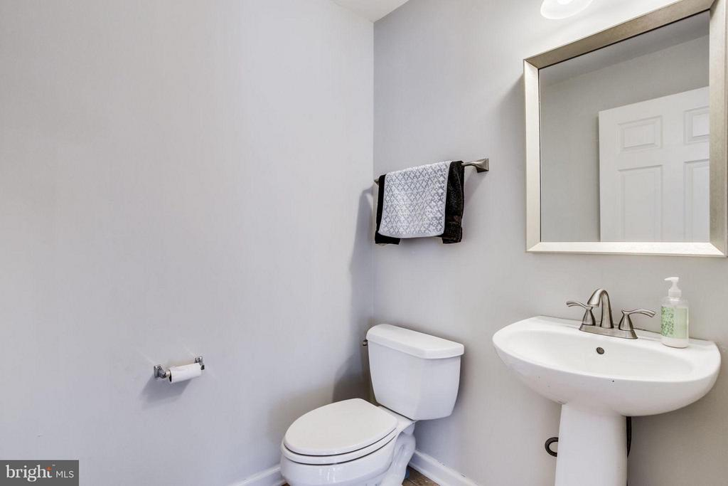 Half bath on the main level - 12079 TRUMBULL WAY, RESTON