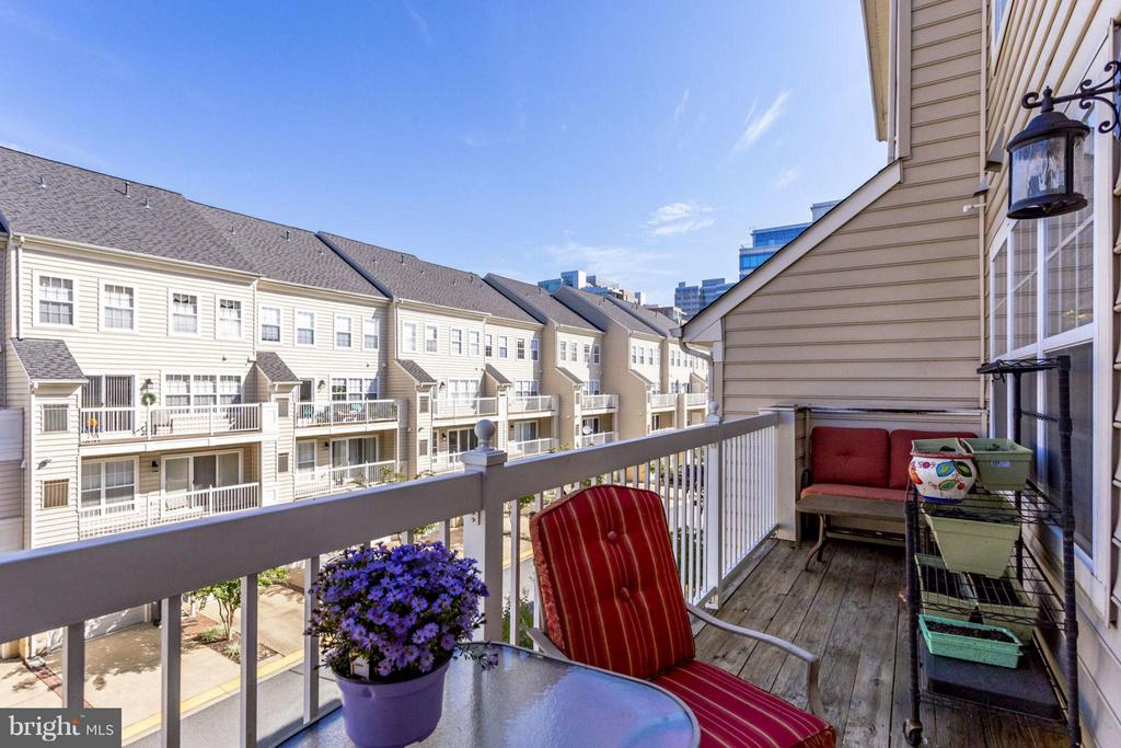 Balcony attached to the kitchen area - 12079 TRUMBULL WAY, RESTON