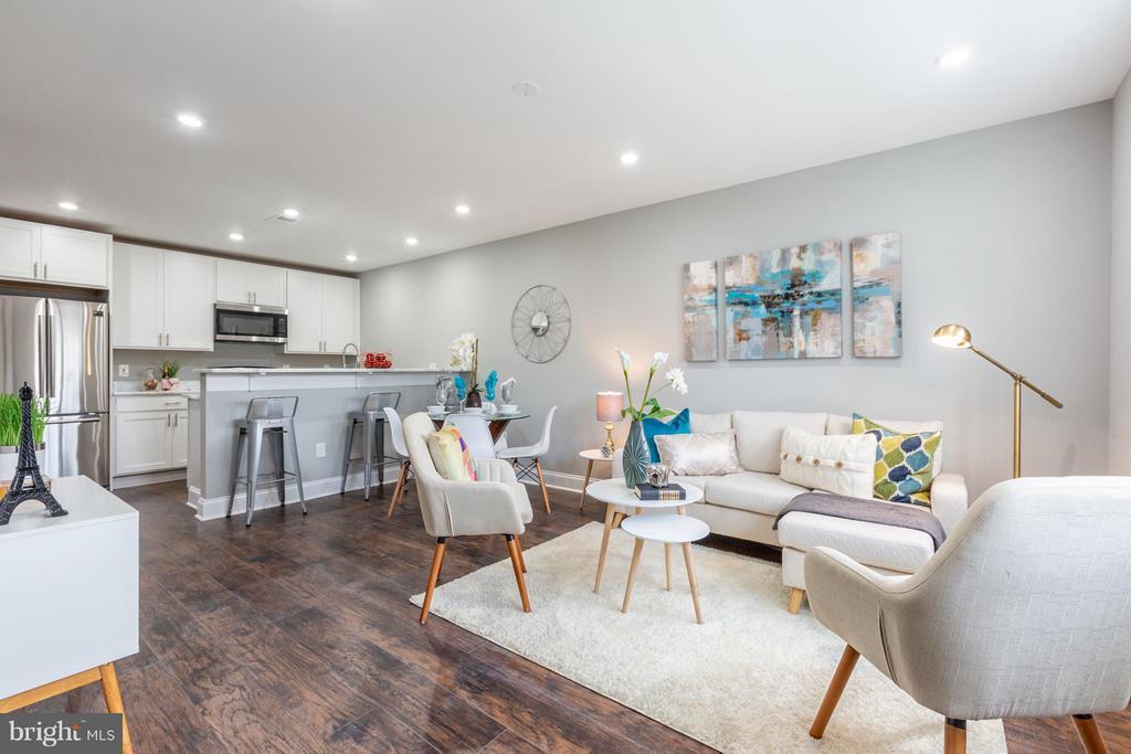 Living Room - 718 JACKSON ST NE #2, WASHINGTON