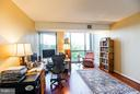 Office/ Den/ 2nd Bedroom on first floor - 1530 KEY BLVD #506, ARLINGTON