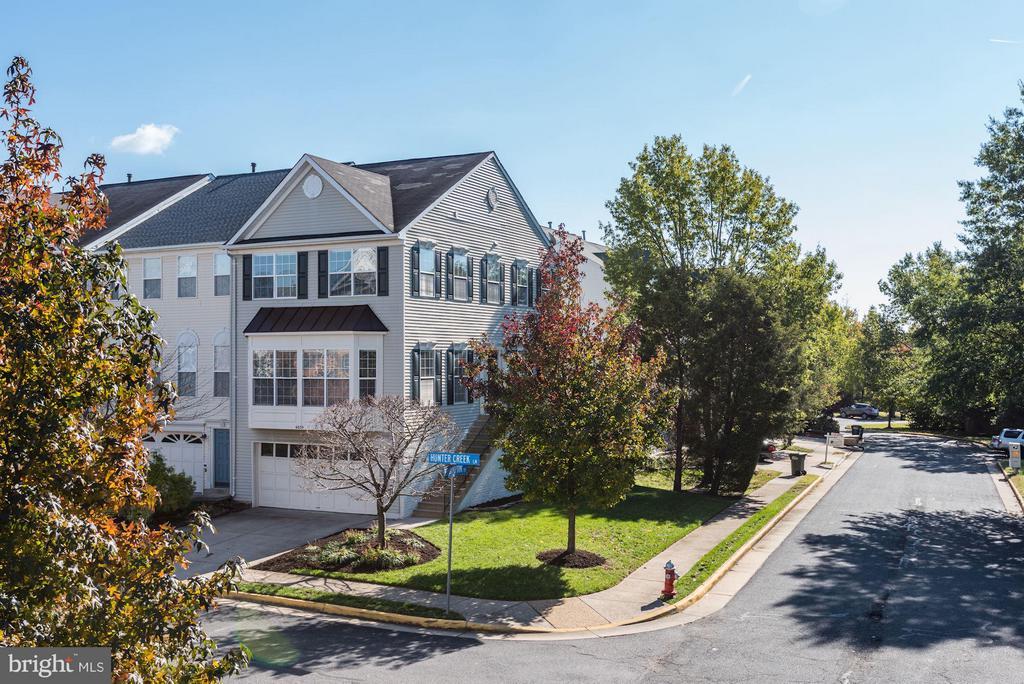Kingstowne Homes for Sale -  New Listings,  6639  HUNTER CREEK LANE