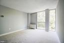 Huge second bedroom (3 bedrooms total) - 4600 FOUR MILE RUN DR #303, ARLINGTON
