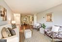 Living room layout - 4600 FOUR MILE RUN DR #303, ARLINGTON