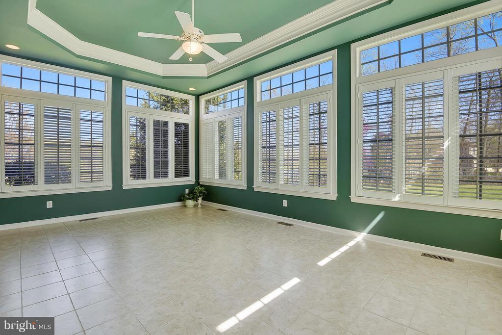 Sun Room too!!! - 42739 CEDAR RIDGE BLVD, CHANTILLY