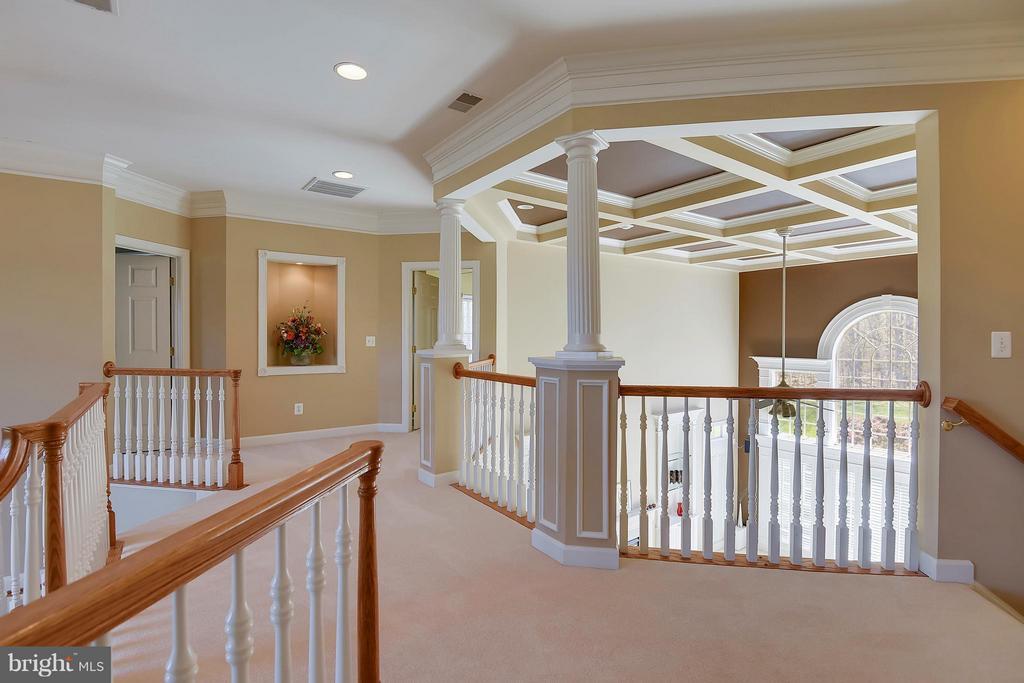 Upper Level hallway - 42739 CEDAR RIDGE BLVD, CHANTILLY