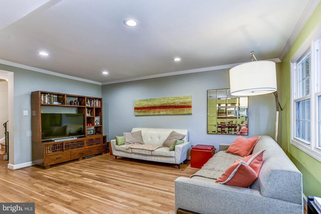 Living Room - 11715 N SHORE DR, RESTON