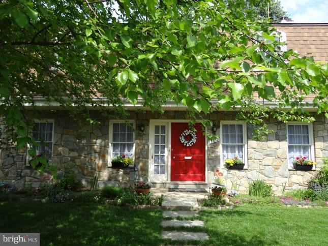Exterior (Front) - 2610 MARCEY RD, ARLINGTON