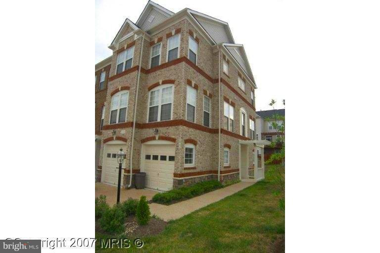 Single Family for Sale at 21929 Halburton Ter Broadlands, Virginia 20148 United States