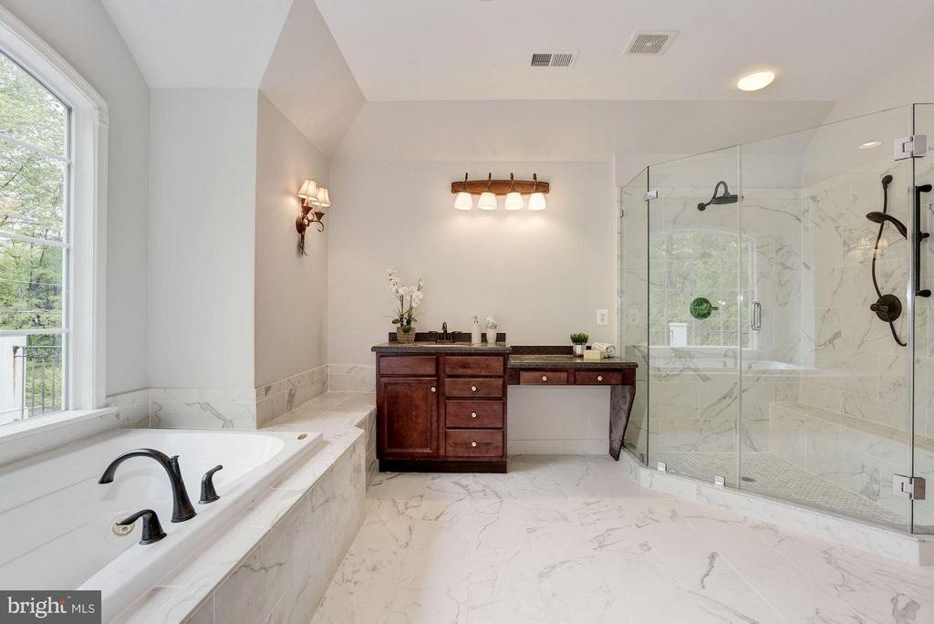 Master Bath with separate shower - 1211 RESTON AVE, HERNDON
