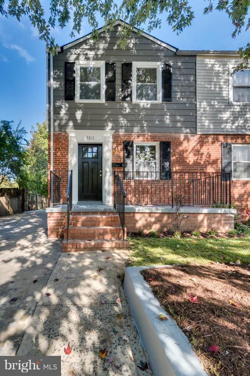 2212  ARLINGTON TERRACE 22303 - One of Alexandria Homes for Sale