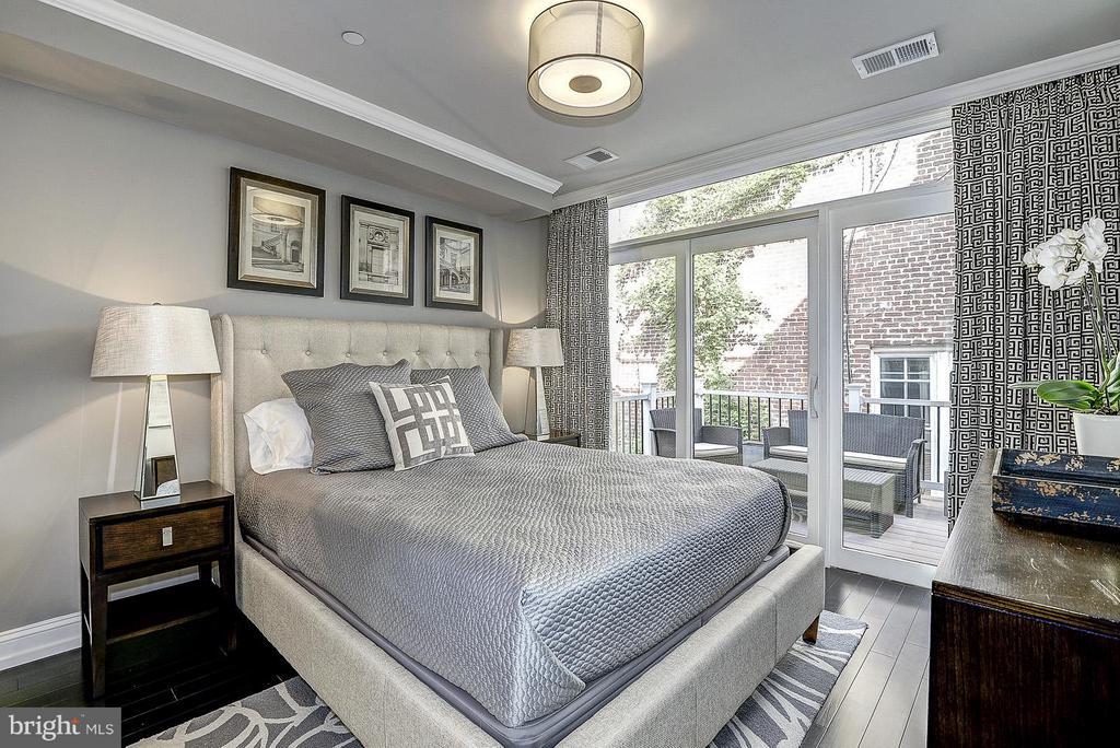 Unit 2 Bedroom - 418 SEWARD SQ SE, WASHINGTON