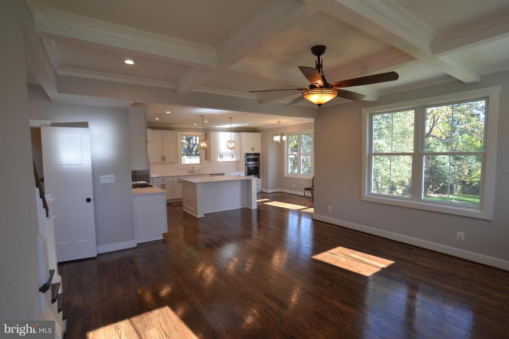 OPEN TO FAMILY ROOM,BREAKFAST AREA - 206 MARSHALL ST, FALLS CHURCH
