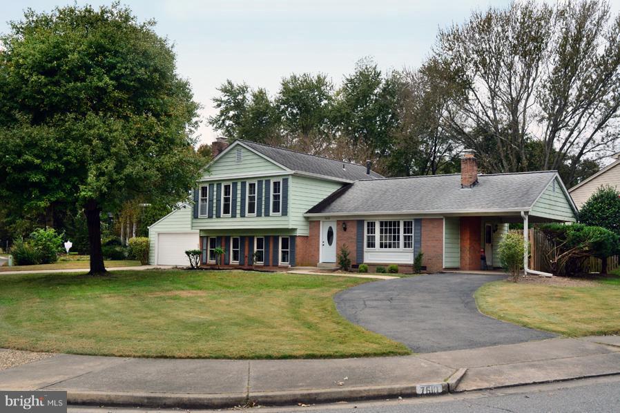 Kingstowne Homes for Sale -  Farm,  7610  HAYFIELD ROAD