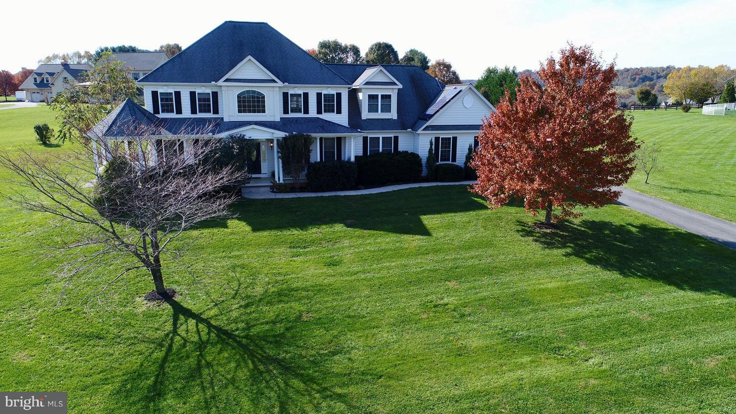 Single Family for Sale at 20111 Stone Ct Keedysville, Maryland 21756 United States