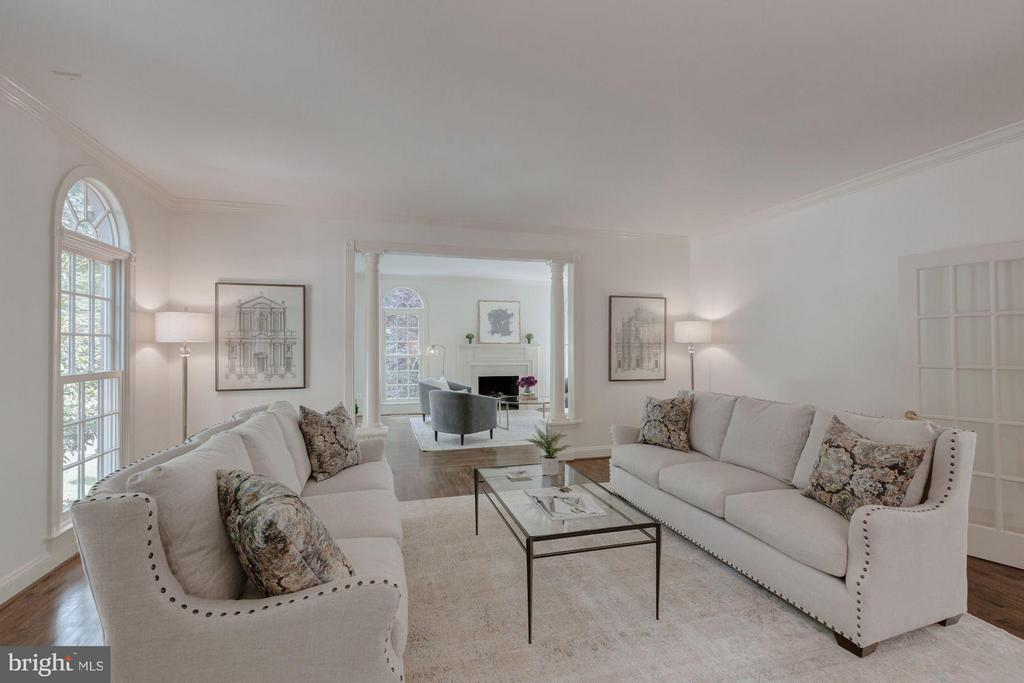 Formal Living Room - 1125 BROOK VALLEY LN, MCLEAN
