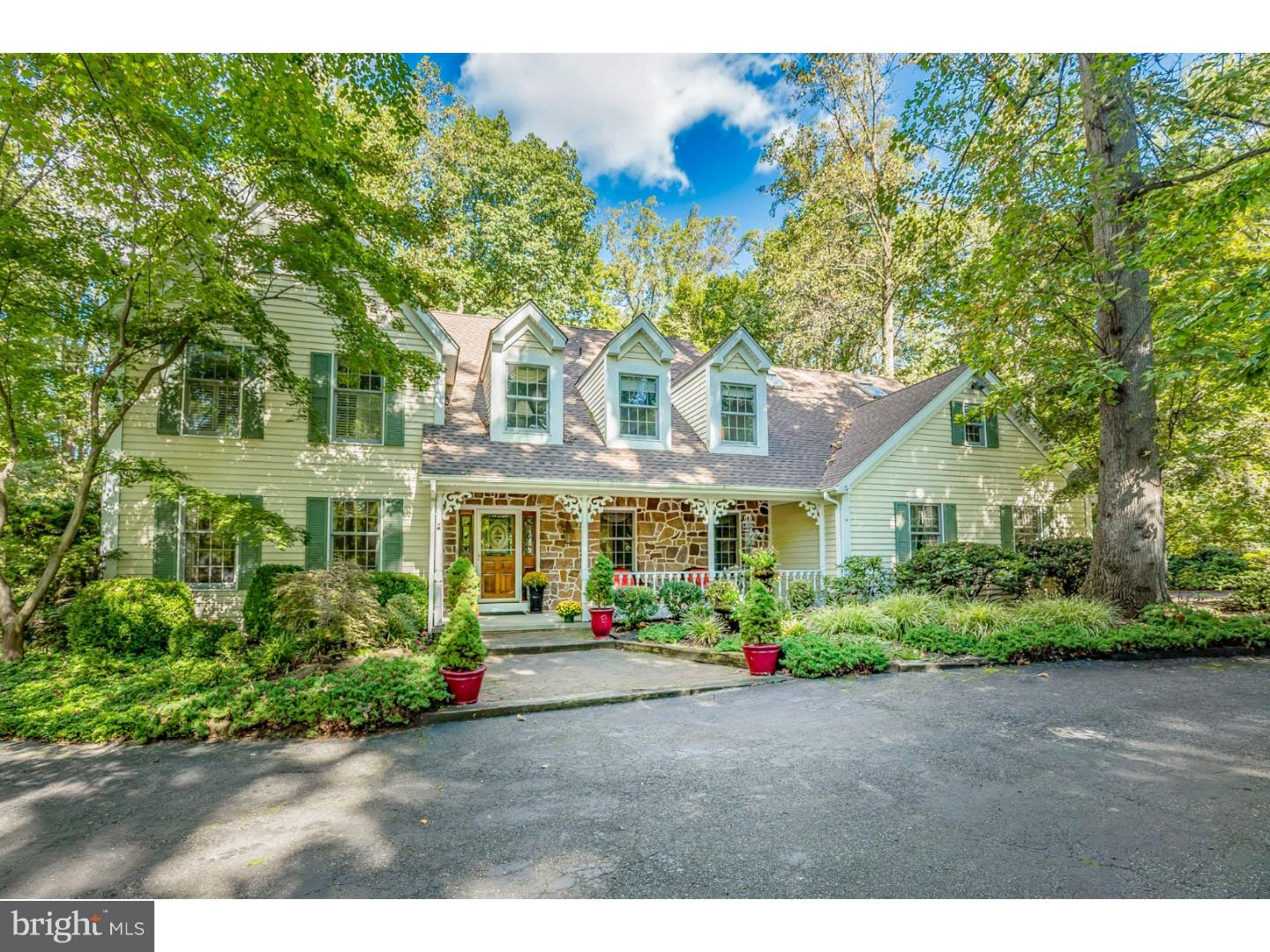 Single Family Home for Sale at 77 WINDING WAY Mickleton, New Jersey 08056 United States