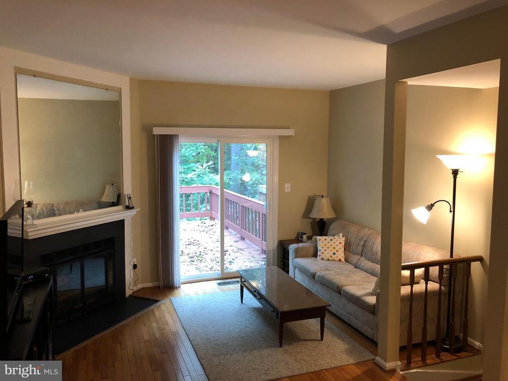 Living Room - 2166 WHISPERWOOD GLEN LN, RESTON