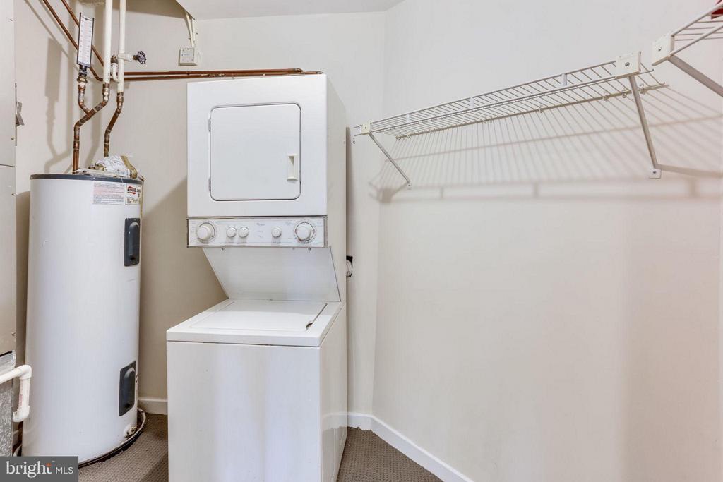 Large Storage and Utility Room - 1530 KEY BLVD #110, ARLINGTON