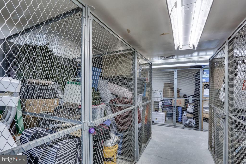 Storage Unit - 1530 KEY BLVD #110, ARLINGTON