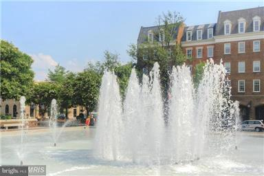 Market Square and Old Town City Hall - 828 SLATERS LN #406, ALEXANDRIA