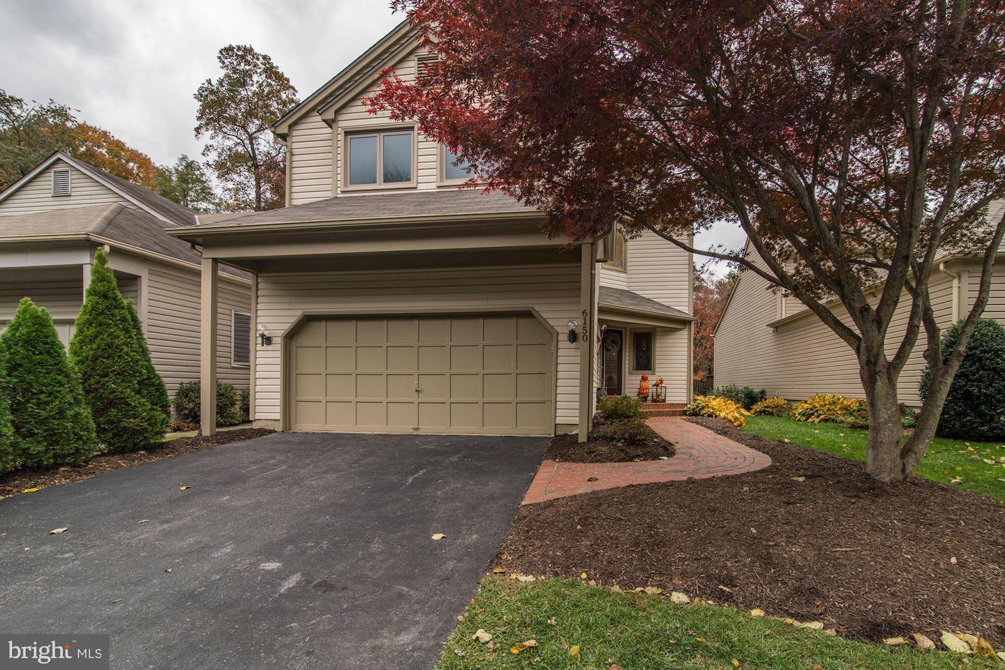 Single Family for Sale at 6150 Hatches Ct Burke, Virginia 22015 United States