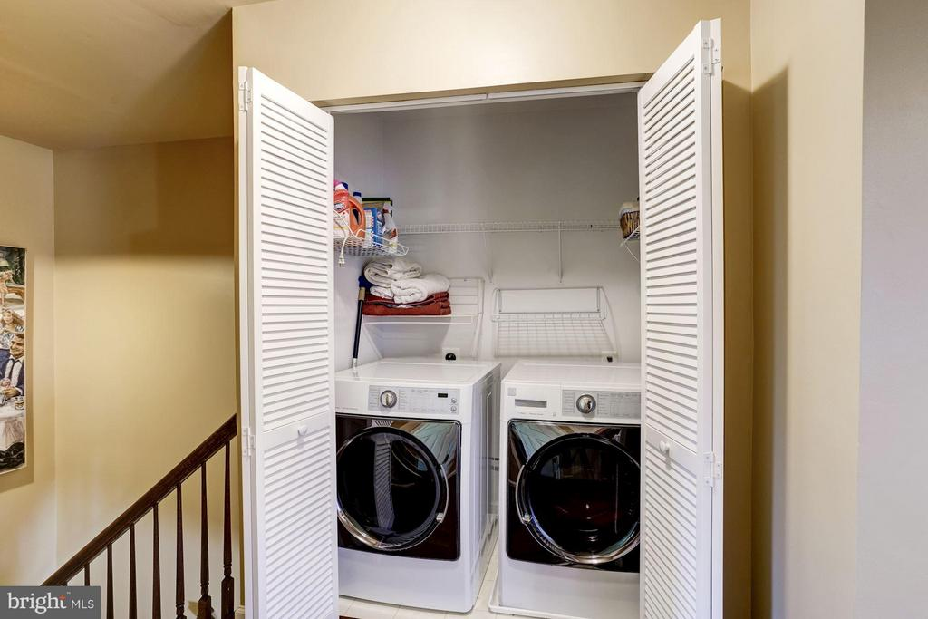 Laundry Room - 1932 CRESCENT PARK DR #28B, RESTON