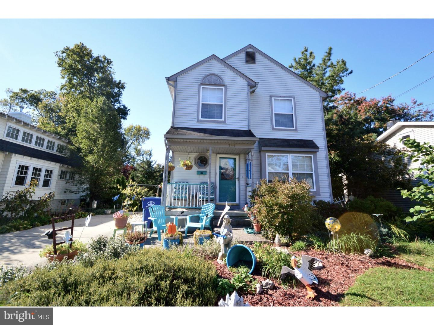 Single Family Home for Sale at 146 S POPLAR Avenue Maple Shade, New Jersey 08052 United StatesMunicipality: Maple Shade