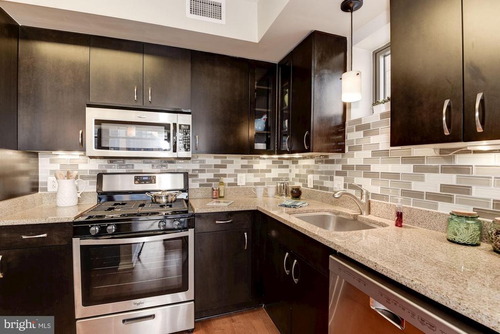 Kitchen - 440 L ST NW #405, WASHINGTON