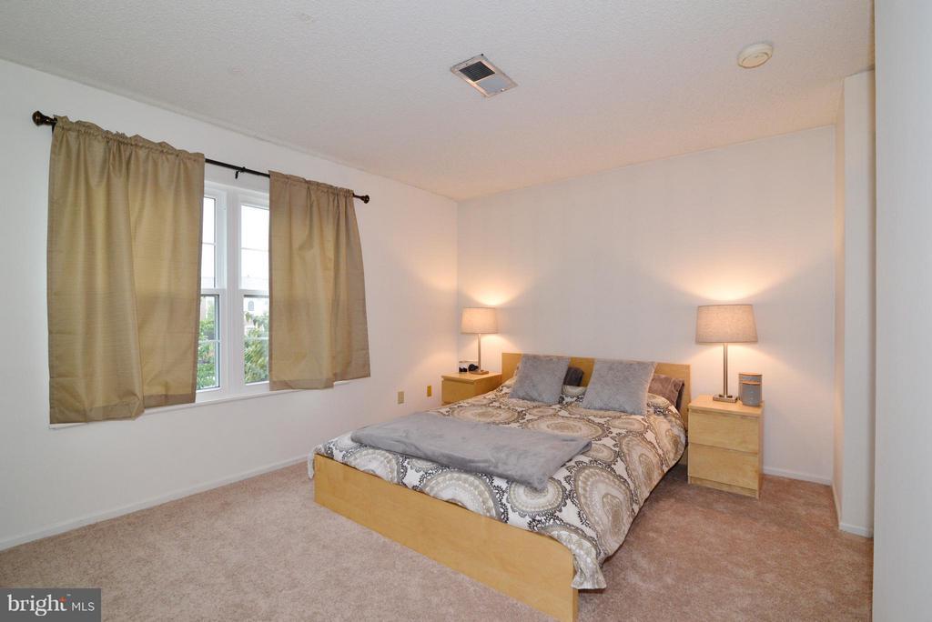 Bedroom (Master) - 1119 HUNTMASTER TER NE #201, LEESBURG
