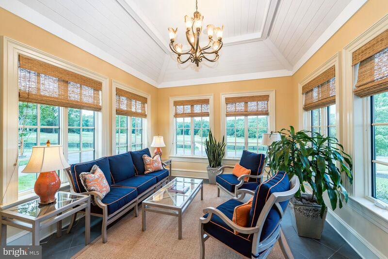 Sunroom - 22360 WILSON MEADOWS LN, ALDIE