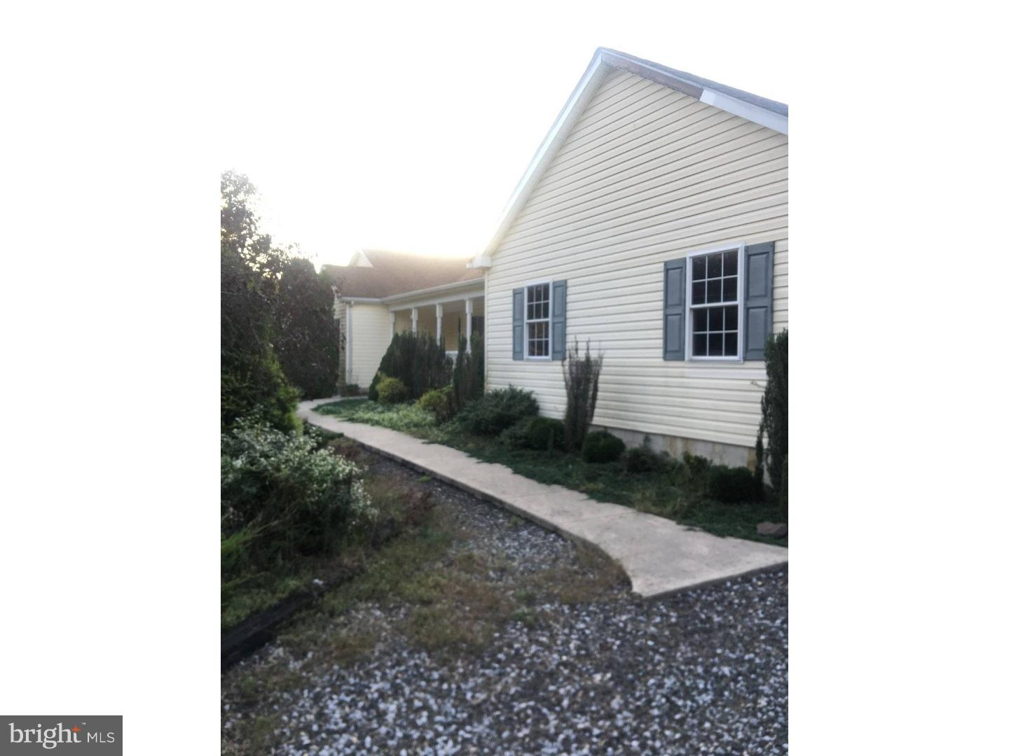 Photo of home for sale at 157 Porchtown Road, Pittsgrove NJ