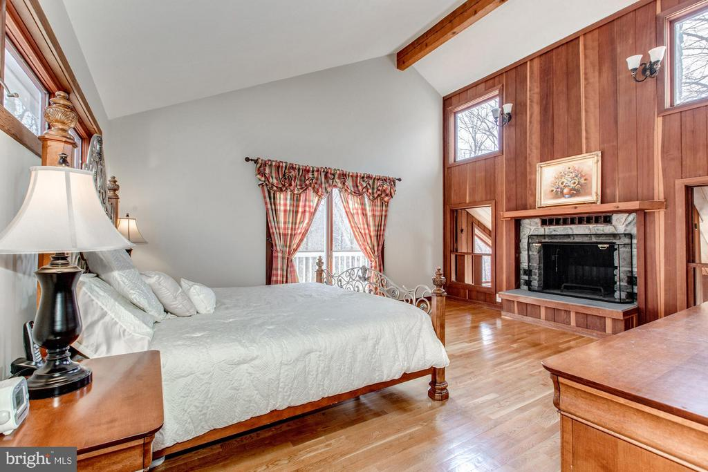 with balcony and fireplace - 10626 BEACH MILL RD, GREAT FALLS