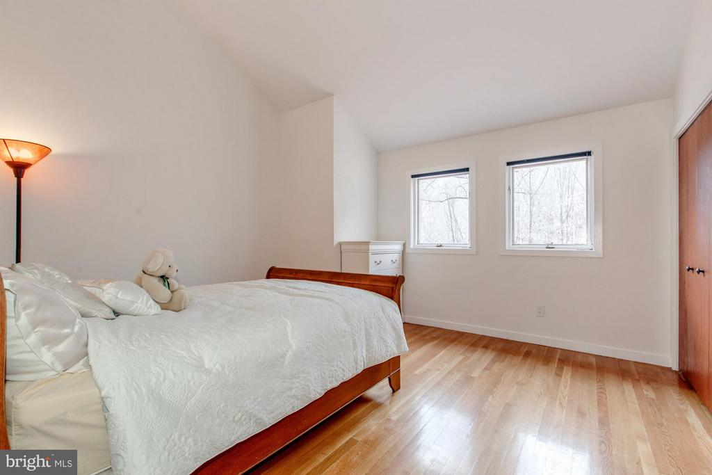 Bedroom - 10626 BEACH MILL RD, GREAT FALLS
