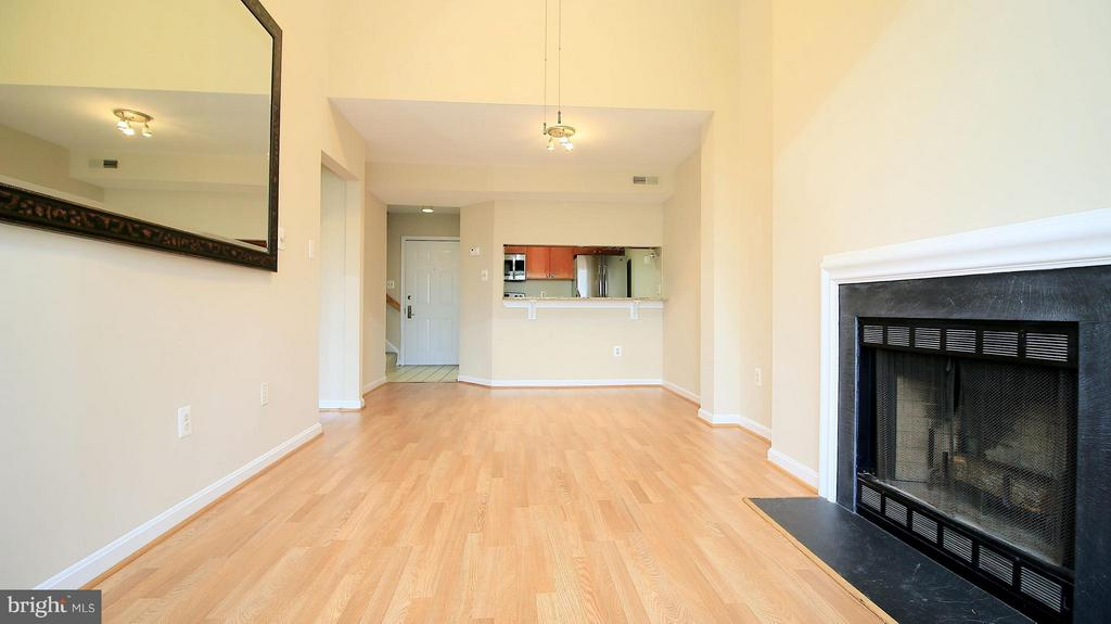 Living Room - 1029N STUART ST N #712, ARLINGTON