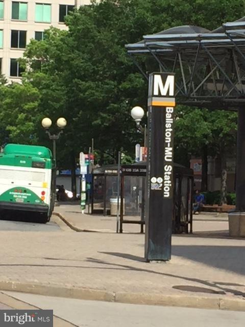 Ballston Metro Half Block from Front Entrance - 1029N STUART ST N #712, ARLINGTON