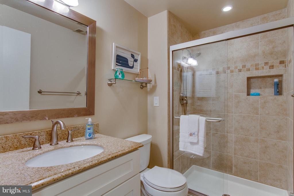 Basement Full Bath - 3810 MARQUIS PL, WOODBRIDGE