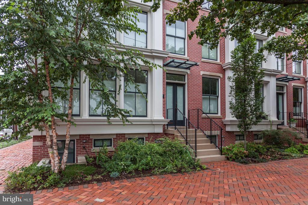 325  COLUMBUS STREET N 22314 - One of Alexandria Homes for Sale